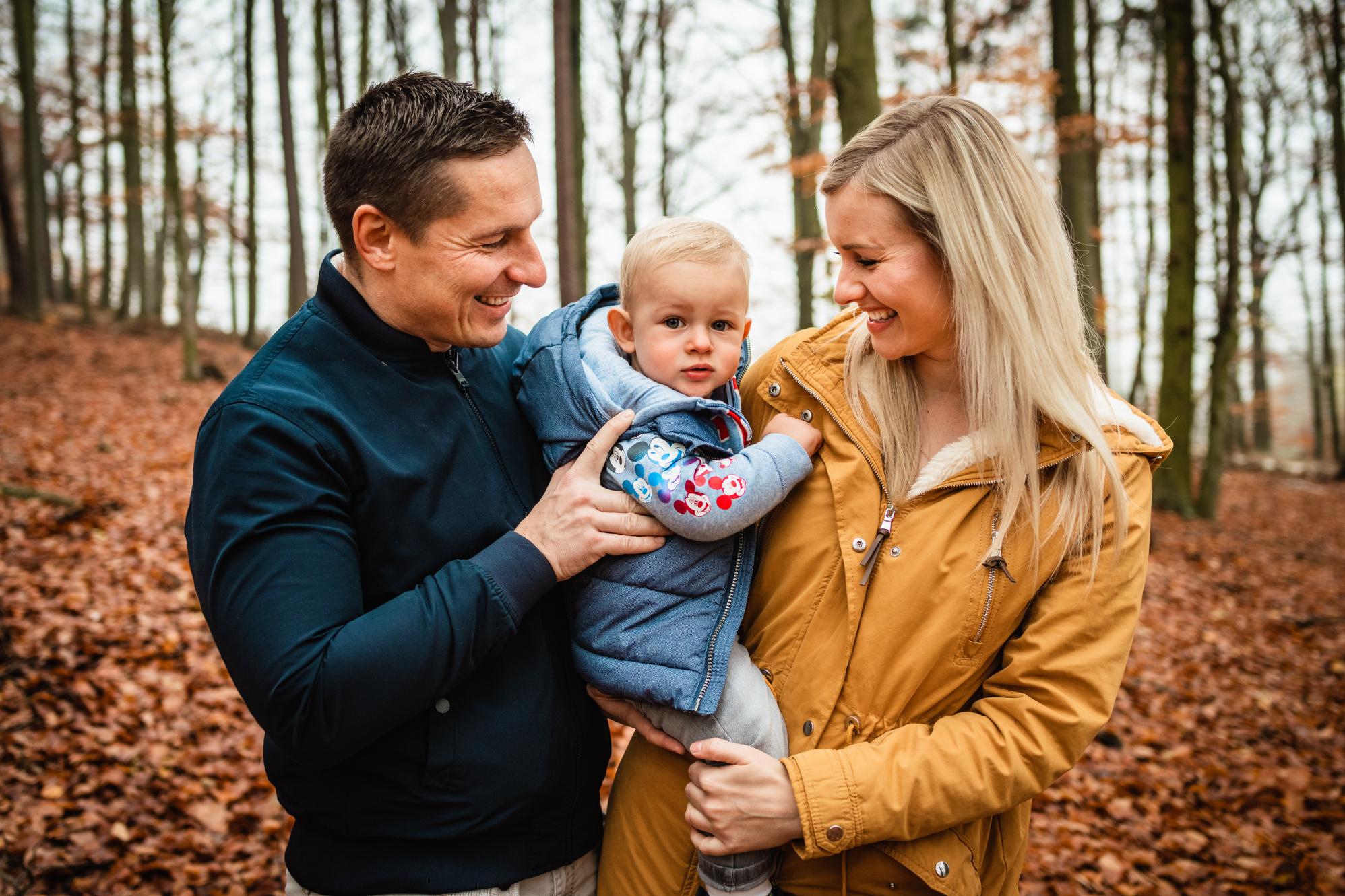 Rodinné focení v lese