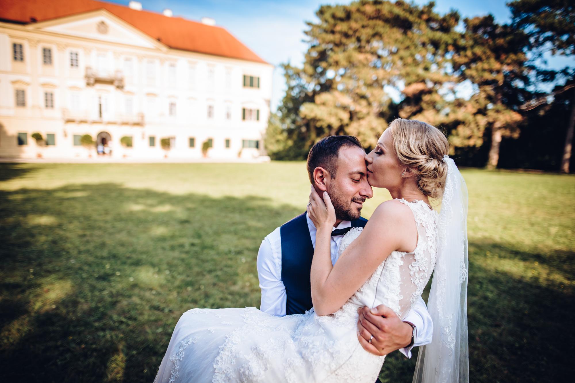 Svatební párové focení na Valtickém zámku